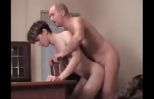 Russian dad And His twink toy (sexygayguys.club)
